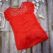 Коралловая блуза, футболка с гипюром, размер S-M.