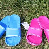 Женские резиновые тапочки, размер 37
