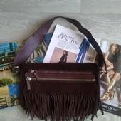 Замшевая коричневая сумка с бахромой