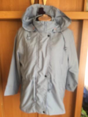 Куртка. ветровка, внутри флисовая подстежка, размер L. Damart. состояние