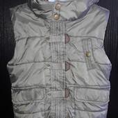 Теплющая , шикарная жилетка-куртка от Topolino 110 см