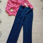 36р. Синие ровные брюки с высокой посадкой, вискоза Парада
