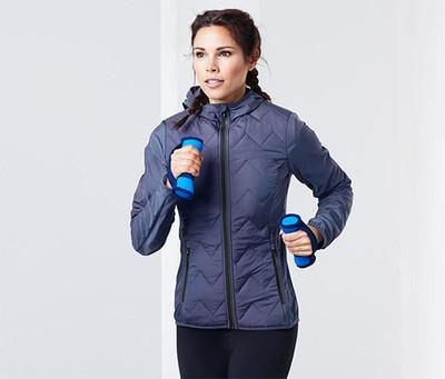 Легкая, спортивная куртка от Tchibo (Германия), ориентир 38евро