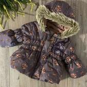 Красивая куртка на малышку 3-8 мес.