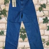 Женские джинсы Levis, пр-во США. размер 32.