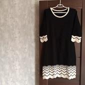 Фирменное красивое тепленькое платье в состоянии новой вещи р.14 М.