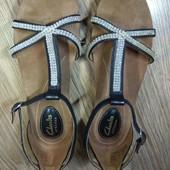 Новинки. Clarks. Мега удобные сандали. 23 см