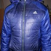 очень теплая зимняя куртка 10,12 лет