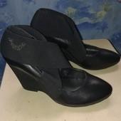 Женские кожаные туфли на танкетке, ботильоны, ботинки женские 37р