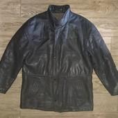 Кожаная осенняя куртка р.52-54