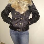 Очень теплая зимняя( поздняя осень) пуховик , куртка косуха разм. М