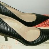 Шикарные женские туфли, размер 40 -26.3см -
