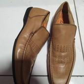 Кожаные фирменные туфли в отличном состоянии!