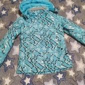 Женская лыжная куртка размер S-M, состояние новой