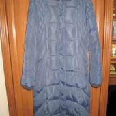 Тепле зимове пальто в ідеальному стані