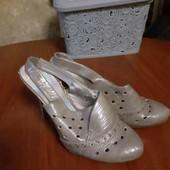 продам миниатюрные туфельки