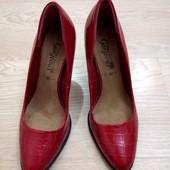 Класснючие женские туфельки New look, 37р.