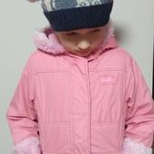 Супер лот для двора девочке 3-5 лет. Куртка+ 2 теплые шапочки