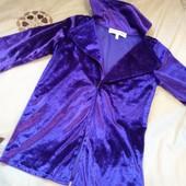 Фиолетовый велюровый пиджак 3-5л, безумный шляник!