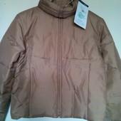 Нова..Натур. пухова курточка .з Німеччини з високим воротником. роз.євр.36,38. .