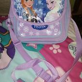 Красивенная сумка для девочки состояние отличное