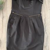 Женское платье. Размер m ( ориентироваться на замеры). В отличном состоянии.