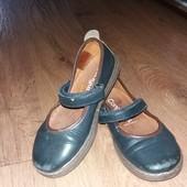 Туфли для девочки 26-27размер