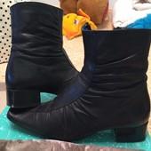 Кожаные зимние ботинки на натуральной цигейке, на стопу 24-25 см.
