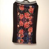 Красивая миди юбка / юбка карандаш в цветочный принт.