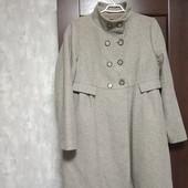 Фирменное шерстяное пальто в хорошем состоянии р. 16-18