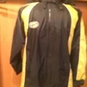 Куртка, ветровка, непромокайка, внутри сетка, размер 10 лет 140 см
