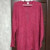 Фирменный новый красивый свитерок-букле р.20-24