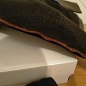 Новые кожаные ботфорты на полную ногу.