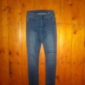 Мягесенькі стрейчеві джинсики стан супер поб 42 см