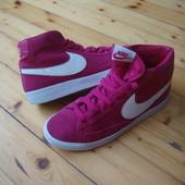 Кроссовки Nike Pink оригинал натур замша 40 разм