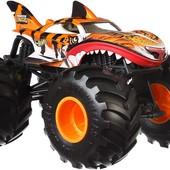 Машинка металлическая Хот Вилс монстр трак Hot Wheels 1:24 tiger shark