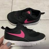 Кроссовки Nike оригинал 25 размер стелька 15 см