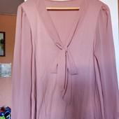 Красивая, нарядная блуза, р.16 (наш 50/52). Не ношена