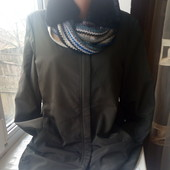 Очень красивая куртка+ шарфик,состояние хорошее,р.12,смотрите замеры