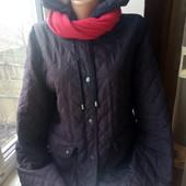 Очень красивая стеганая куртка+ шарфик,состояние хорошее,р.10/12,смотрите замеры