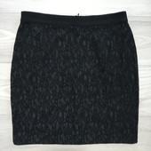 Фирменная красивая юбка-карандаш в отличном состоянии р.14-16.