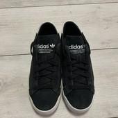Кожаные кроссовки Adidas 36 размер стелька 23 см