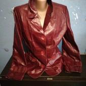139. Куртка кожана