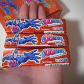 Вкусный лот с жвачками.В лоте 3 упаковки.Вкус клубника.