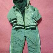 демисезонный костюм . штаны и куртка на флисе