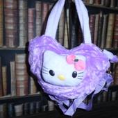 Лиловая плюшевая сумочка для девочки Hello Kitty в форме сердечка
