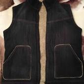 Меховая джинсовая жилетка