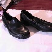 отличные теплые туфли мокасины кожаные 39/6 стельки 25 см