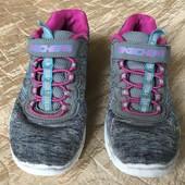 Кросівки Skechers розмір 30 стелька 19