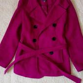 Малиновое (цвет фуксии) пальто, размер 44.